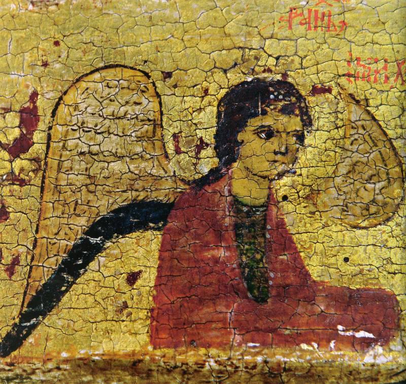 Архангел слева от Этимасии