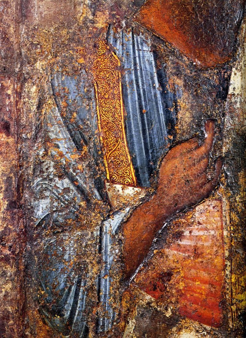 Рука и фрагмент одеяния апостола Павла