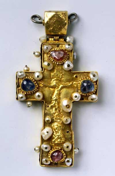 Крест-мощевик наперсный