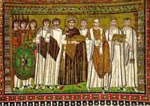 Юстиниан со свитой и епископ Максимиан
