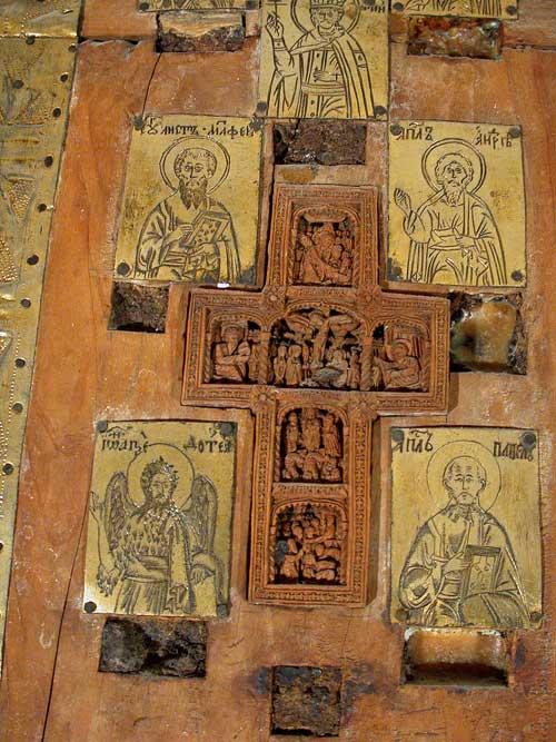 Врезной крест с изображением четырех праздников и 4 пластины
