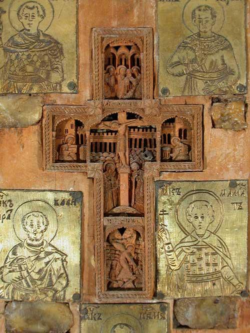 Врезной афонский крест и 4 пластины с изображением мучеников