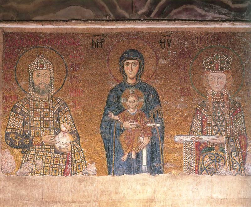 Богоматерь с Младенцем, император ИоаннII Комнин и императрица Ирина