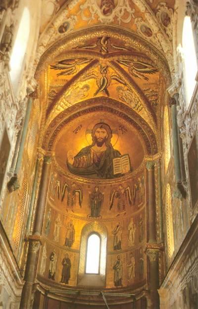 Пантократор, Богоматерь Оранта, ангелы, святые и апостолы