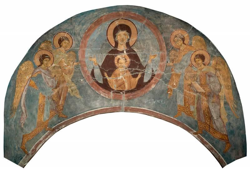 Богоматерь Знамение с архангелами