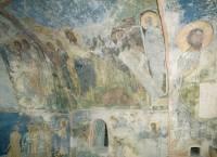 Окно в западной стене южной ветви подкупольного креста