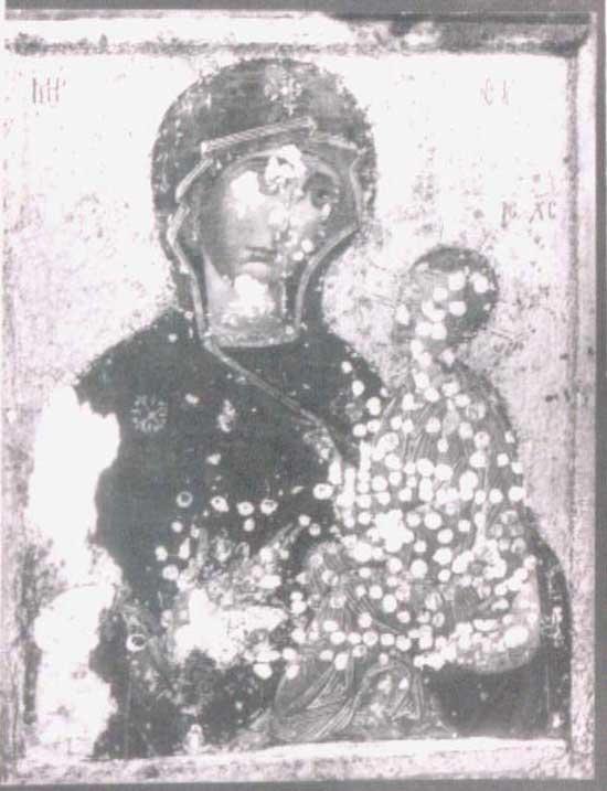 Икона Тихвинской Богоматери в процессе реставрацииФото 1910 г.