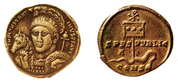 Монета императора Константина с изображением лабарума