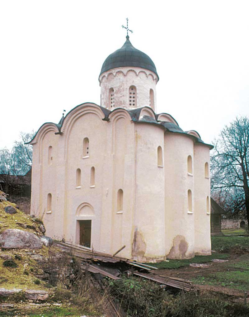 Вид церкви св.Георгия с юго-востока