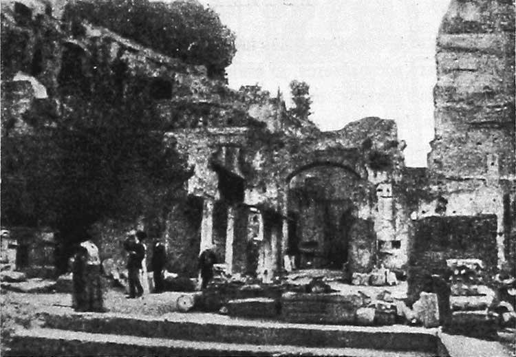 Вход в развалины церкви Santa Maria Antiqua
