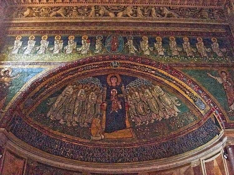 Алтарная мозаика церкви Санта-Мария-ин-Доминика