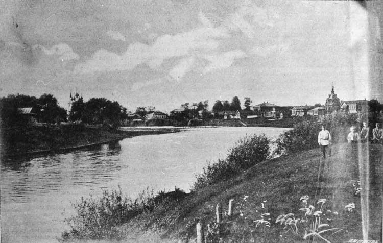 Село Холуй на реке Тезе