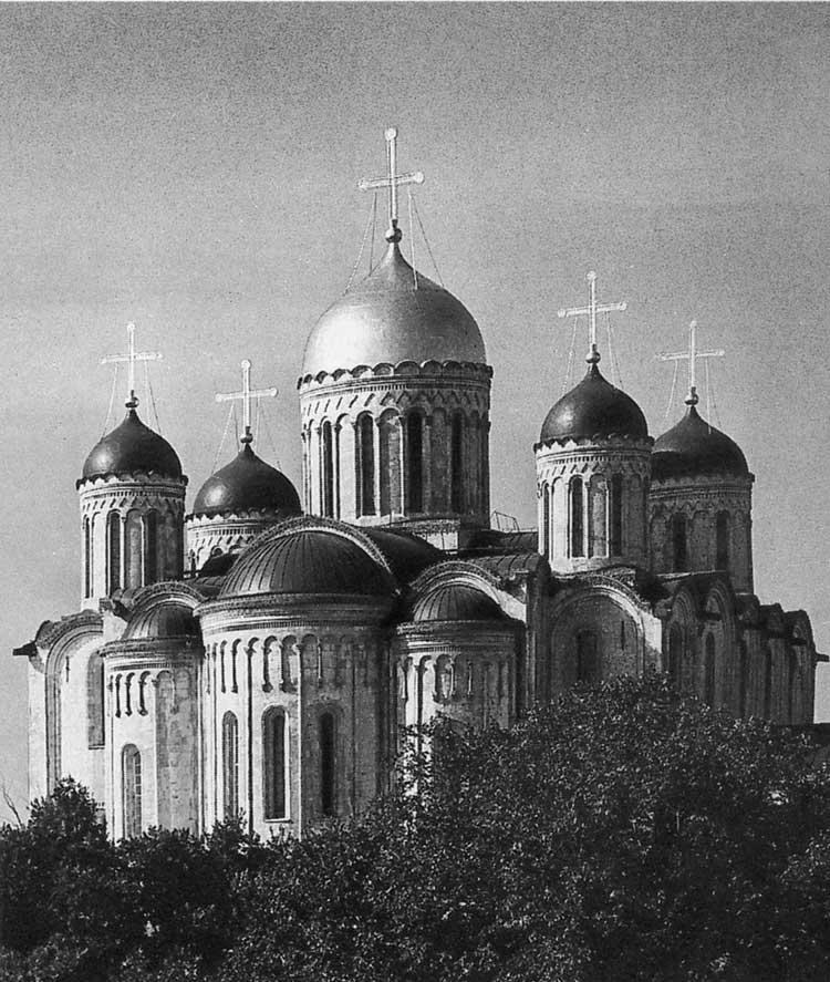 Успенский собор, Владимир. 1158–1160 и 1185–1189. Вид с восточной стороны